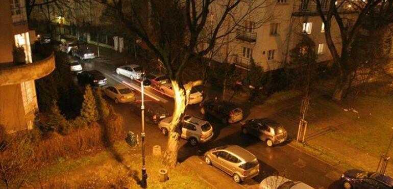 Saska Kępa to nie parking Stadionu Narodowego! - inicjatywa mieszkańców