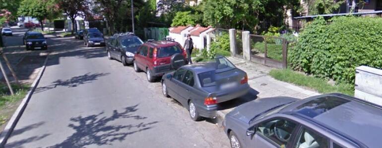 """Okolice przedszkola na ul. Krynicznej, źródło: <a href=""""https://maps.google.com/"""" target=""""_blank"""">Google maps</a>"""