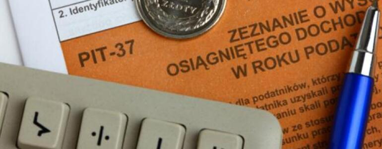 """fot. <a href=""""http://serwisy.gazetaprawna.pl/pit/artykuly/902959,pit-2015-zwolnienia-z-podatku-dochodowego-rozliczenie-pit-2015.html"""">serwisy.gazetaprawna.pl</a>"""