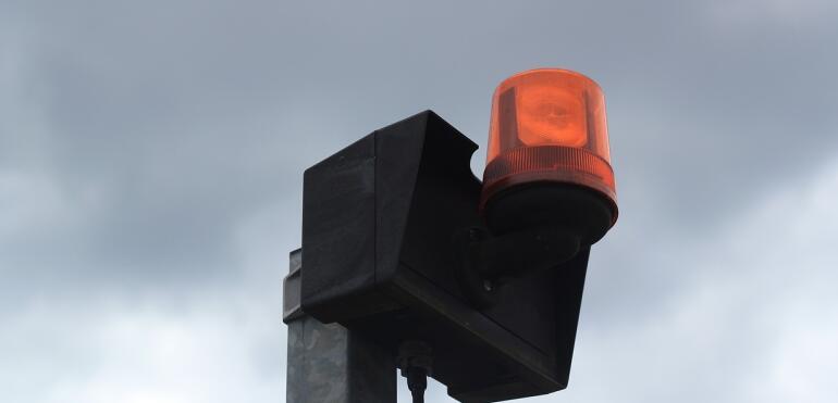 Uruchomienie syren alarmowych na Pradze Południe