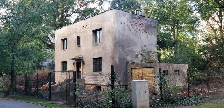 Czy najstarszy obiekt na ulicy Drezdeńskiej zostanie wyburzony?