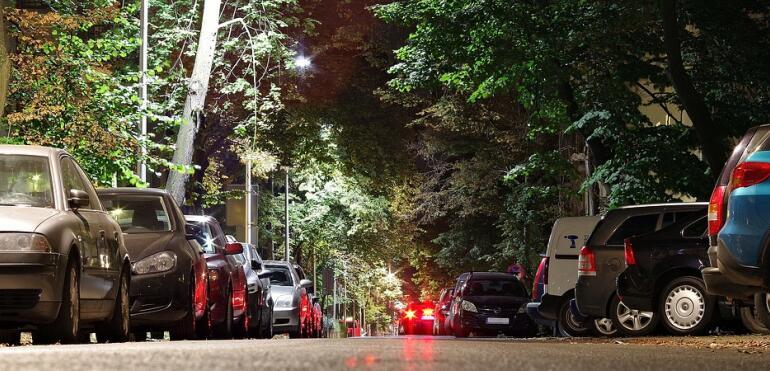 Parkowanie na Saskiej Kępie