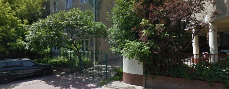 fot. ul.Łotewska 15, Google Maps